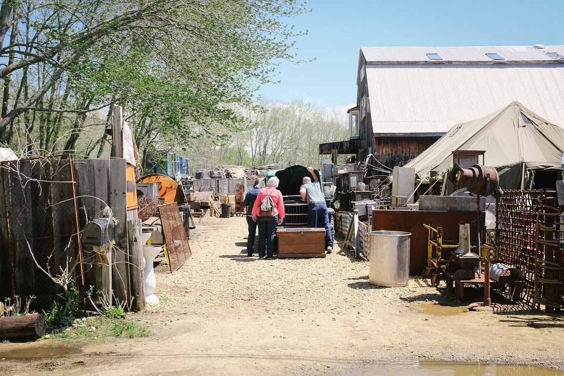 brimfield-ma-antiques-show-0001