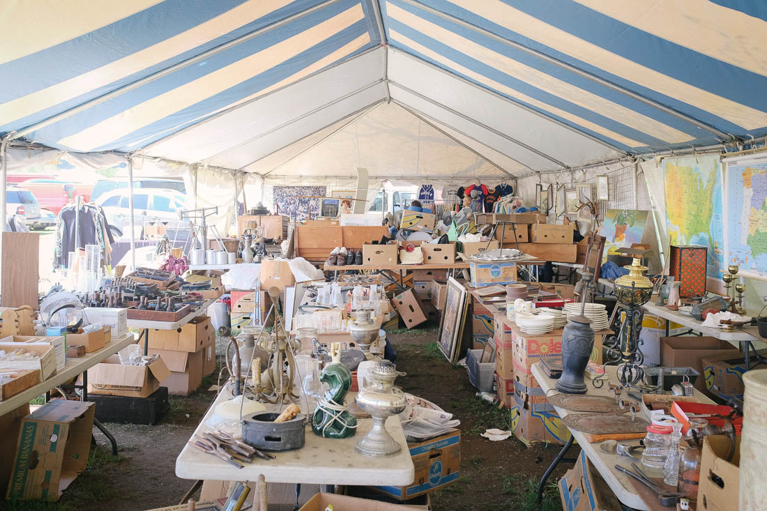 brimfield-ma-antiques-show-0002