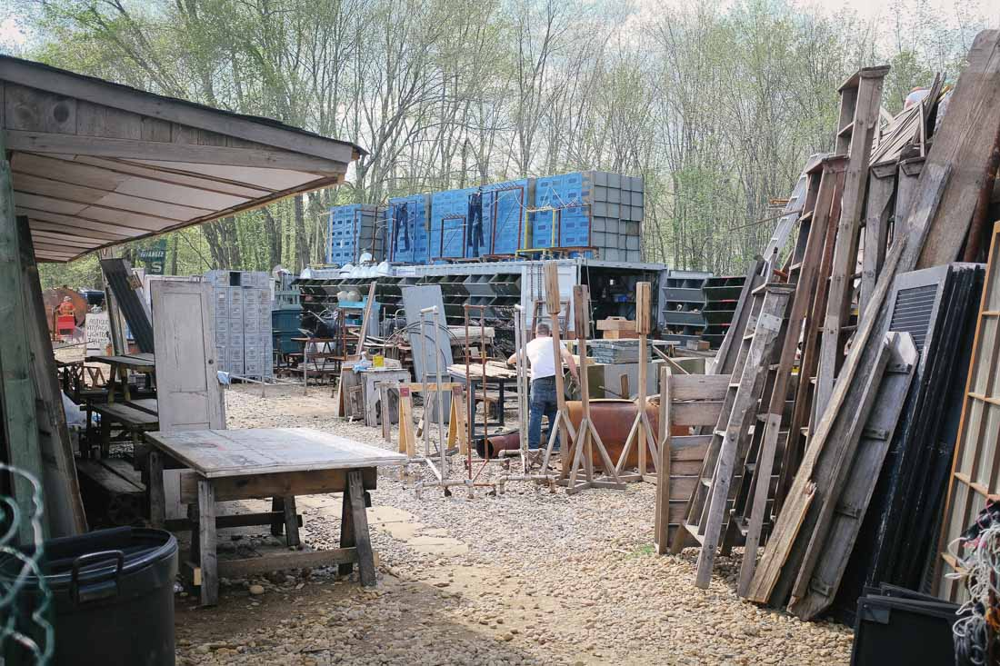 brimfield-ma-antiques-show-0081